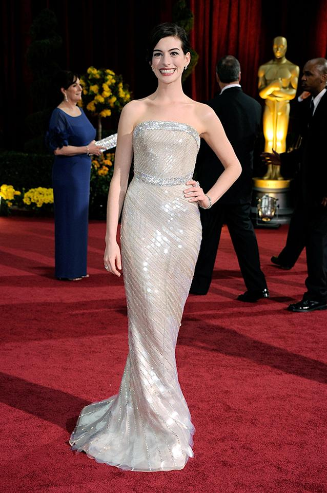 Anne Hathaway arrives at the 81st Annual Academy Awards held at Kodak Theatre on February 22, 2009 in Los Angeles, California.  (Photo by Frazer Harrison/Getty Images) *** Local Caption *** Anne Hathaway
