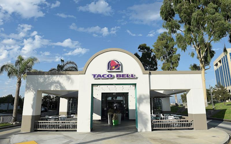 Penn State Students Mourn the Closure of Local Taco Bell with Candlelight Vigil