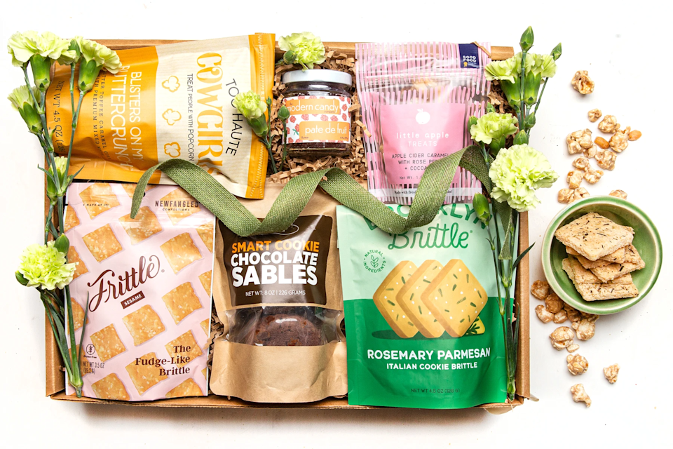 "<h2>Mouth Yum To Mama Box</h2><br>Deliver a box full of quality gourmet snacks that will keep her fed all Sunday long — and beyond.<br><br><strong>Mouth</strong> Yum to Mama, $, available at <a href=""https://go.skimresources.com/?id=30283X879131&url=https%3A%2F%2Fwww.mouth.com%2Fproducts%2Fyum-to-mama"" rel=""nofollow noopener"" target=""_blank"" data-ylk=""slk:Mouth"" class=""link rapid-noclick-resp"">Mouth</a>"