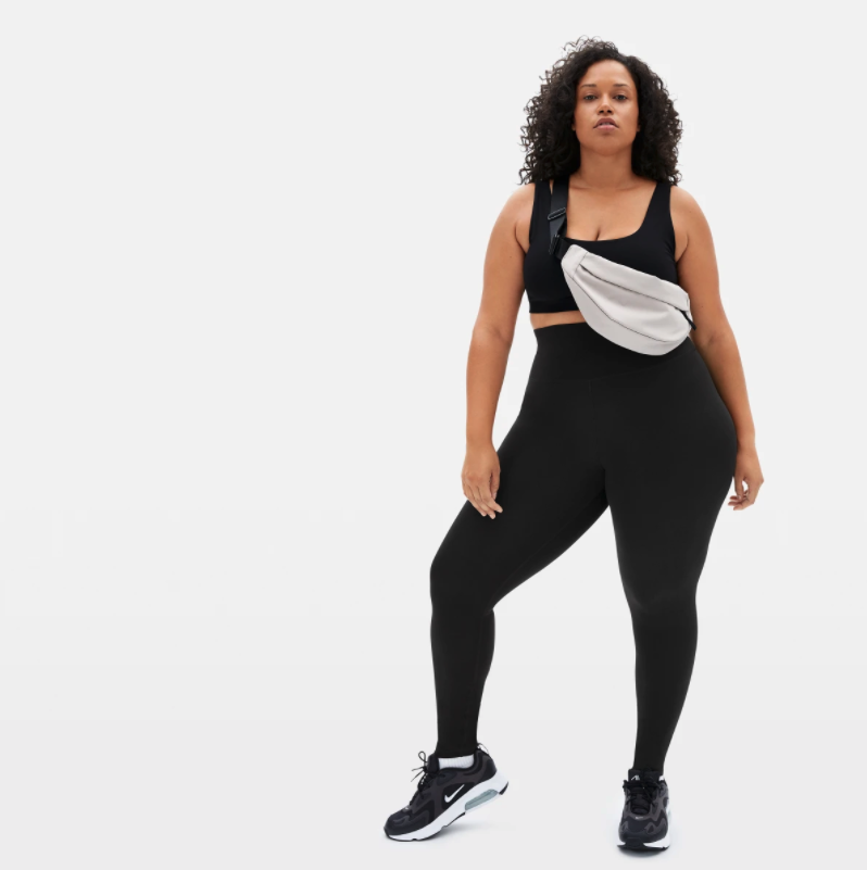 The Perform Legging is on sale now. Image via Everlane.