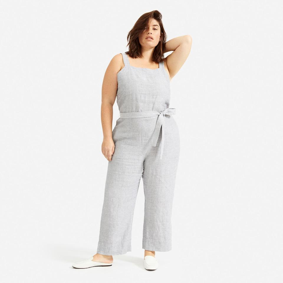 "<p><strong>everlane</strong></p><p>everlane.com</p><p><a href=""https://go.redirectingat.com?id=74968X1596630&url=https%3A%2F%2Fwww.everlane.com%2Fproducts%2Fwomens-linen-jumpsuit-greywhite&sref=https%3A%2F%2Fwww.cosmopolitan.com%2Fstyle-beauty%2Fg33369399%2Feverlanes-summer-sale%2F"" rel=""nofollow noopener"" target=""_blank"" data-ylk=""slk:Shop Now"" class=""link rapid-noclick-resp"">Shop Now</a></p><p><del>$88</del><strong><br>$66</strong></p><p>Behold: An easy, breezy jumpsuit you'll want to wear for the rest of the summer. (I mean, I know I do.)</p>"