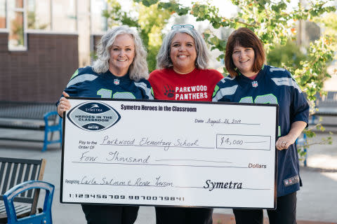 Symetra and the Seattle Seahawks Head Back to School by Honoring Two Parkwood Elementary Teachers