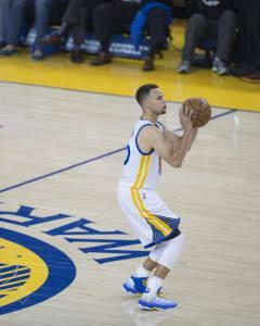 Sasha Yodashkin breaks down Yahoo's Sunday-Monday NBA DFS contest as Stephen Curry leads the Warriors against the Rockets in the Western Conference finals.