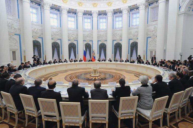 Russian President Putin speaks to G20 states finance ministers in the Kremlin in Moscow on February 15, 2013