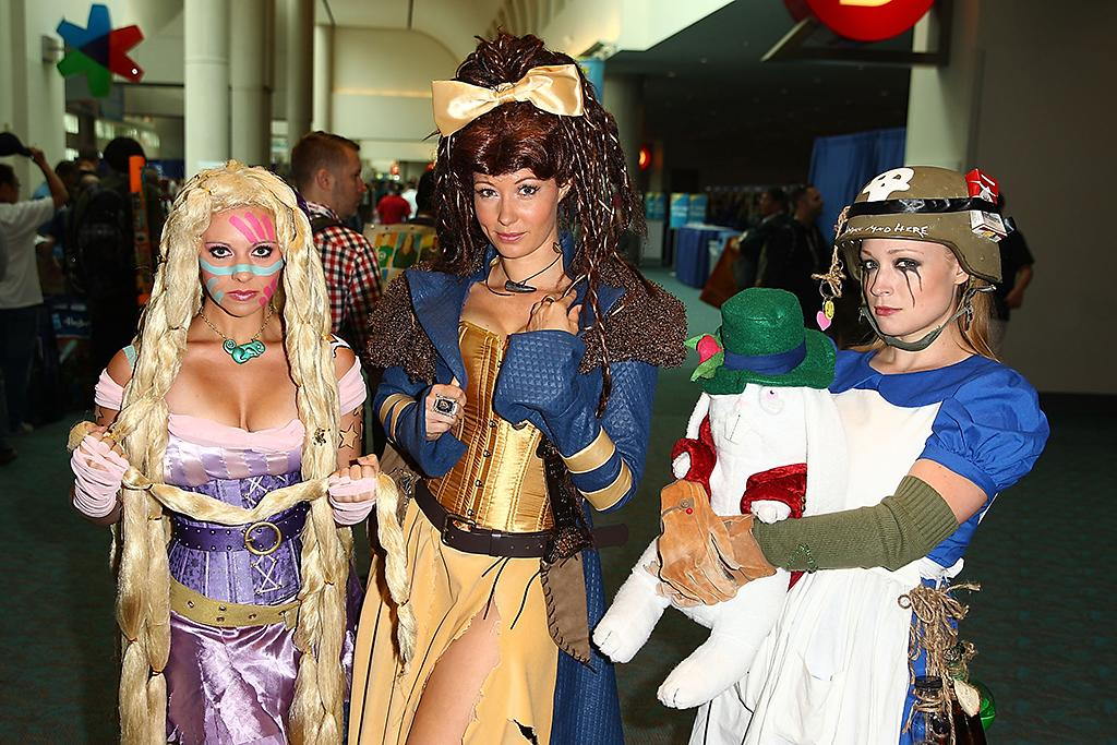SAN DIEGO, CA - JULY 20:  Costumed guests attend Comic-Con International 2013 - Day 3 on July 20, 2013 in San Diego, California.  (Photo by Joe Scarnici/FilmMagic)