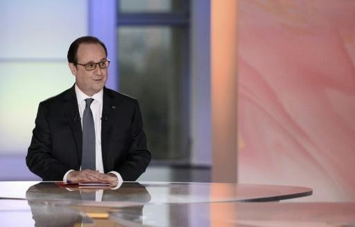 Defiant Hollande to decide on 2017 bid at end of year
