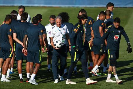 Soccer Football - World Cup - Brazil Training - Brazil Training Camp, Sochi, Russia - June 24, 2018 Brazil coach Tite with the players during training REUTERS/Hannah McKay