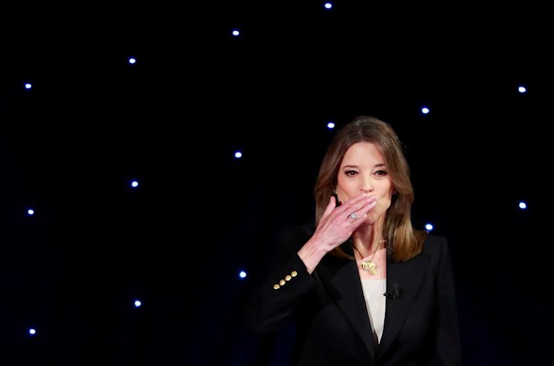 Candidate author Marianne Williamson blows a kiss before the first night of the second 2020 Democratic U.S. presidential debate in Detroit, Michigan, July 30, 2019. REUTERS/Lucas Jackson TPX IMAGES OF THE DAY