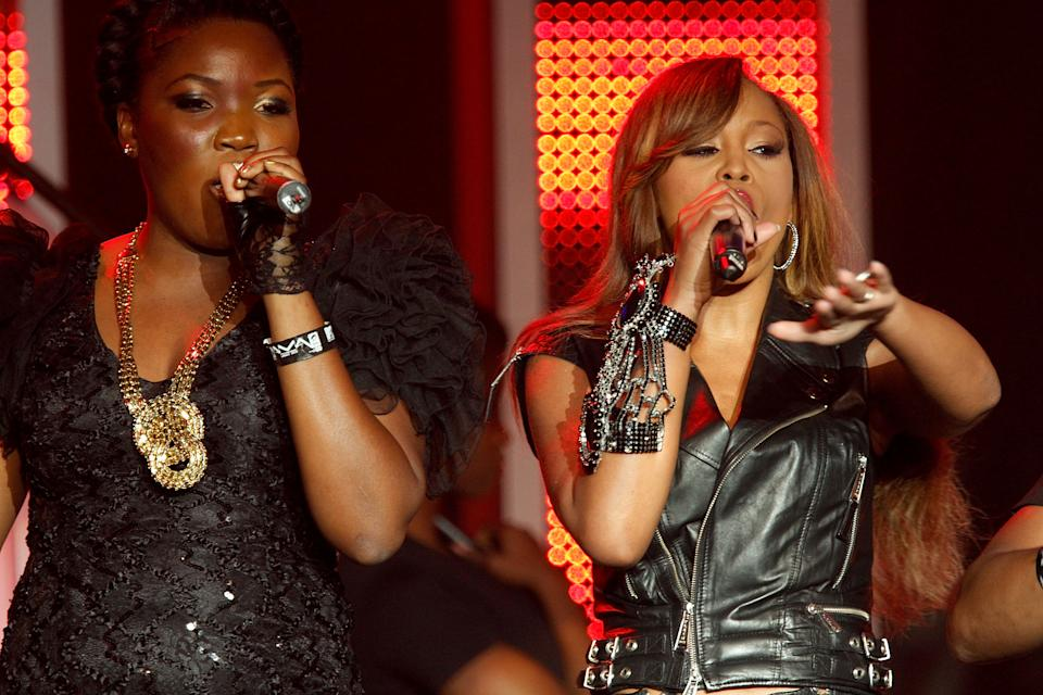 LAGOS, NIGERIA - DECEMBER 11:  Dama Do Bling (L) and Eve (R) Perform Live at the EKO Expo Centre for the MTV Africa Music Awards (MAMA) 2010 with Airtel on December 11, 2010 in Lagos, Nigeria.  (Photo by Michelly Rall/Getty Images)