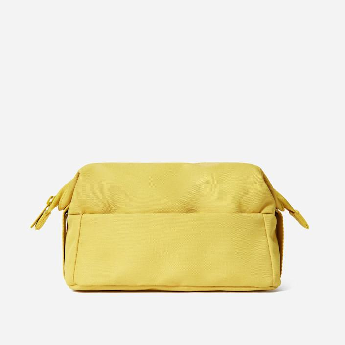 <p>Help them stay organized with the <span>Everlane ReNew Catch-All Case</span> ($30).</p>