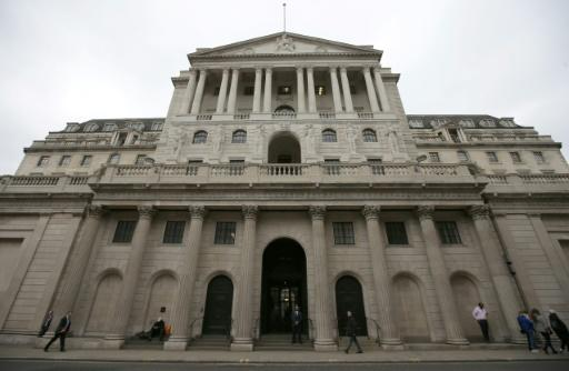 Bank of England deputy governor quits