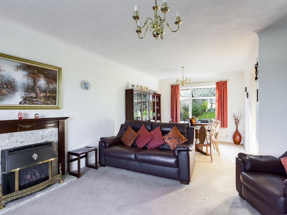 <p>While in need of decorating, this three-bedroom detached home is flooded with natural light thanks to the large windows. It's ideal for anyone looking for a project. </p><p>This property was on the market for £335,000 but is no longer for sale. </p>