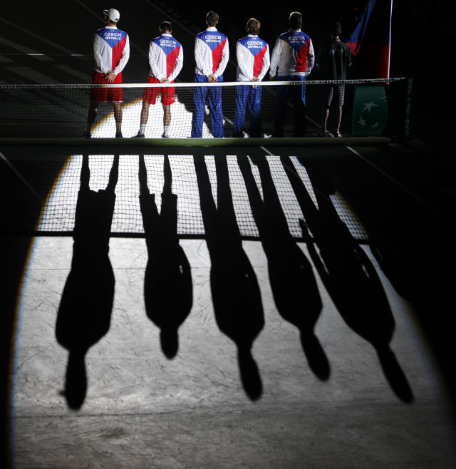 Members of Czech team arrive before their Davis Cup tennis tournament doubles final match against Spain in Prague November 17, 2012. REUTERS/David W Cerny (CZECH REPUBLIC - Tags: SPORT TENNIS)