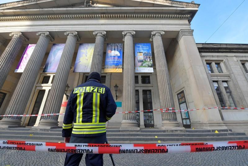 A policeaman stands outside Green Vault city palace after a robery in Dresden