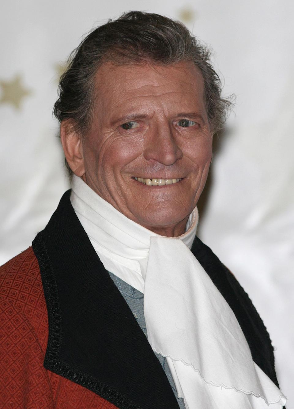 Johnny Briggs starred as Coronation Street's Mike Baldwin from 1976 to 2006, before leaving for pastures new.  He then appeared in the short-lived ITV soap 'Echo Beach'.