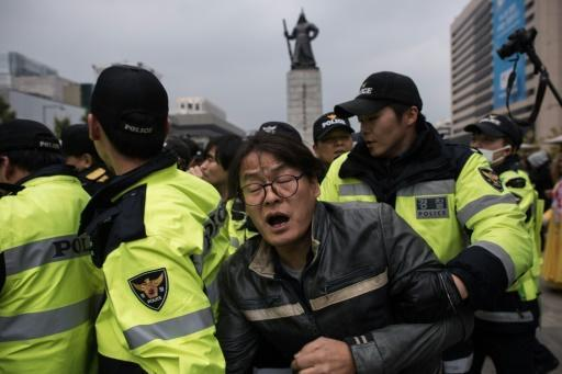 Thousands of police deployed in Seoul ahead of mass rally