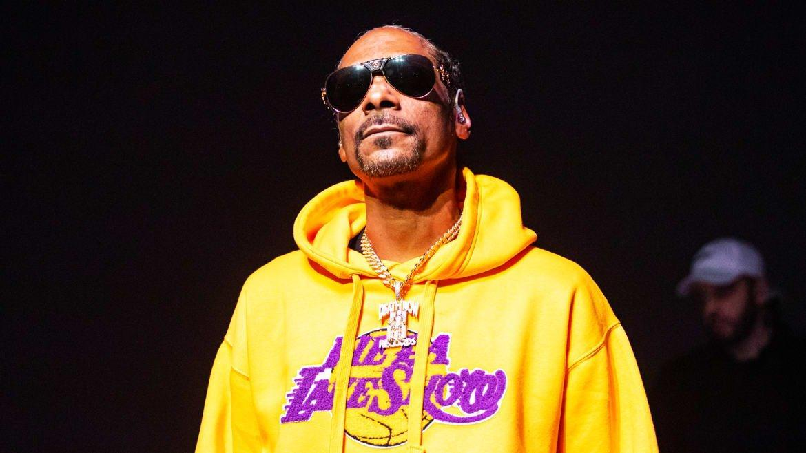 Snoop Dogg's Attacks on Oprah and Gayle King and Defense of Kobe, MJ and Cosby Are Classic Misogynoir