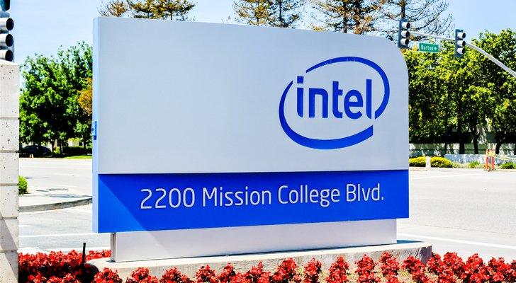Silicon Valley Stocks to Buy as Tech Juggernauts Roll On: Intel Corporation (INTC)