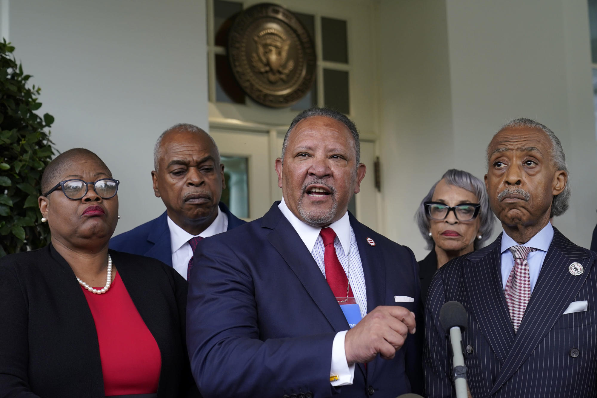 As frustration mounts, a White House push on voting rights