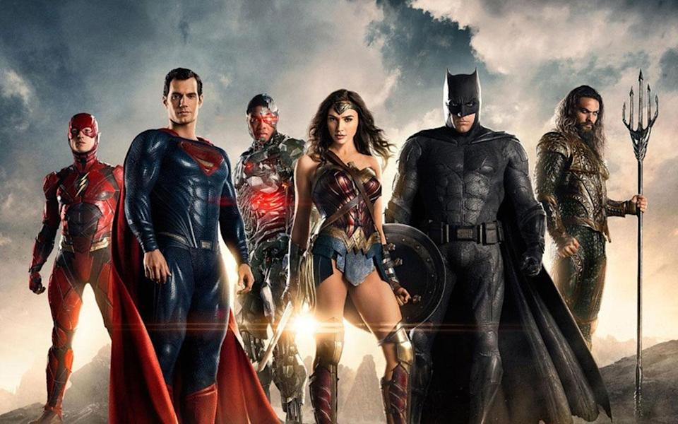 The cast of 'Justice League' (credit: Warner Bros)