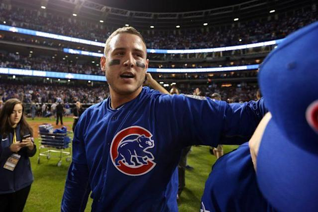 Anthony Rizzo reached out to a young fan in need. (Getty Images/Rob Tringali)