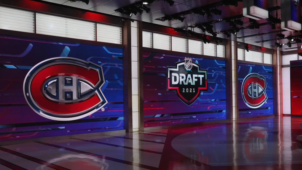 SECAUCUS, NEW JERSEY - JULY 23: With the 31st pick in the 2021 NHL Entry Draft, the Montreal Canadiens select Logan Mailloux during the first round of the 2021 NHL Entry Draft at the NHL Network studios on July 23, 2021 in Secaucus, New Jersey. (Photo by Bruce Bennett/Getty Images)