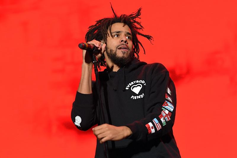 Rapper J. Cole performs onstage during The Meadows Music & Arts Festival on October 1, 2016 in New York City (AFP Photo/Angela Weiss)