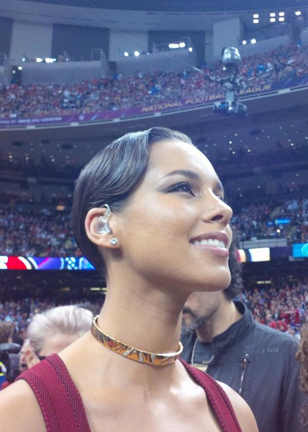 """I was speechless in this pic! Blessed to be here in Louisiana showing love for the USA. #SB47"" Right back at ya, Alicia!"