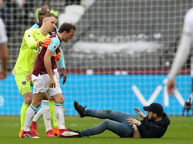 West Ham set to hand life bans to fans involved in London Stadium pitch invasion
