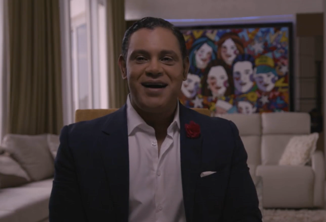 "Sammy Sosa opened up about the 1998 home-run chase for ESPN's ""Long Gone Summer"" documentary. (ESPN)"