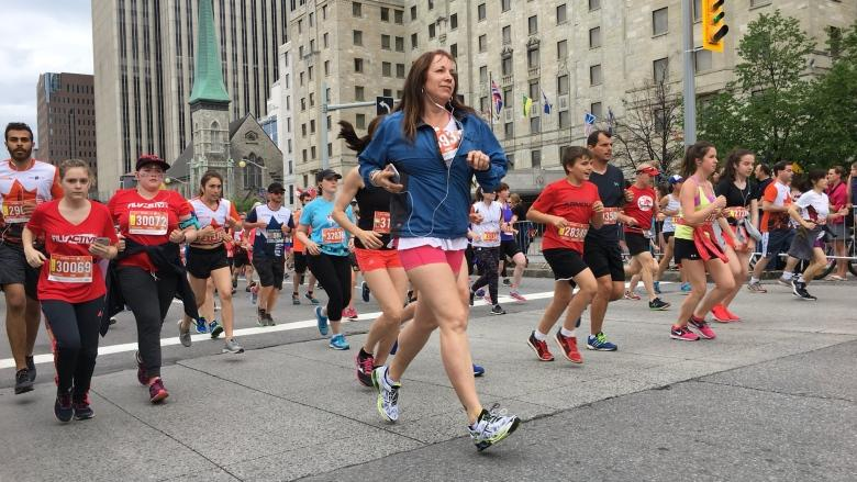 Thousands set to hit Ottawa-Gatineau's streets for today's marathon