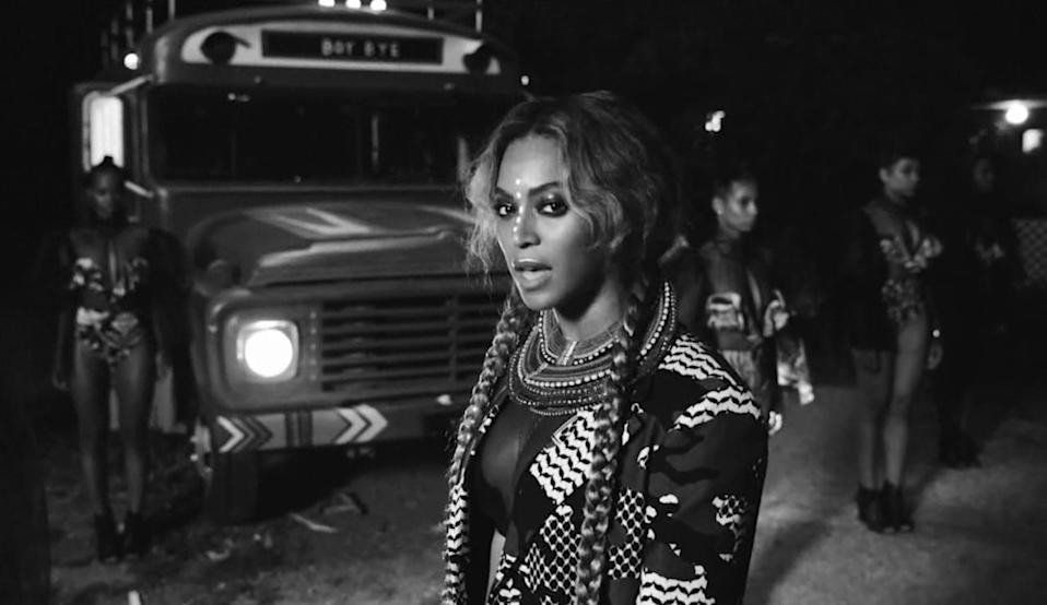 <p>Taking the bus? Hope you're ready to get schooled by Beyoncé and her braids.<br></p>