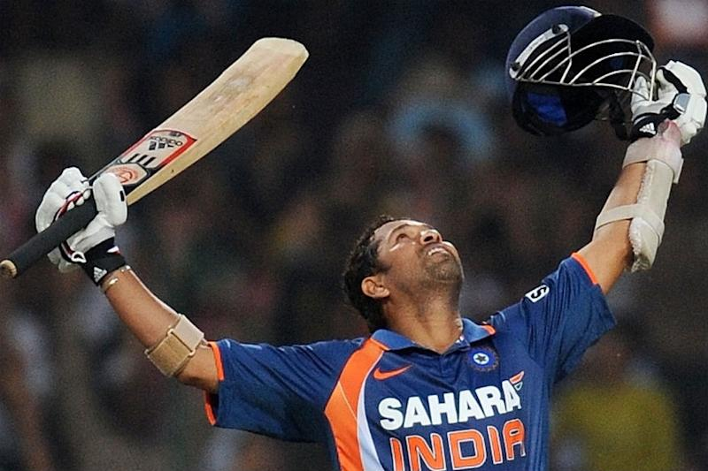 Sachin Tendulkar Birthday: Check Out How the Little Master Left Cricketing Greats in Awe