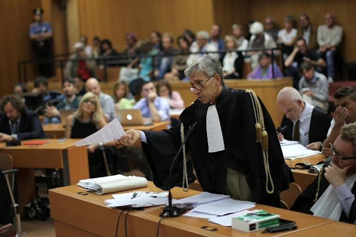 """Prosecutor Antonio Rinaudo speaks during the trial of Italian writer Erri De Luca, accused of inciting crime by saying in an interview that the controversial high-speed rail-link through the Alps """"should be sabotaged"""", on September 21, 2015 in Turin (AFP Photo/Marco Bertorello)"""