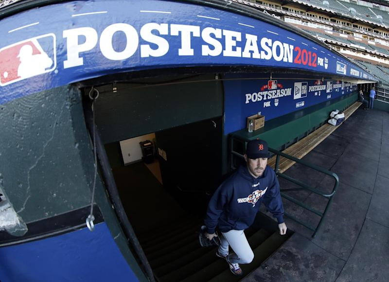 Detroit Tigers starting pitcher Justin Verlander makes his way to a workout for baseball's World Series Tuesday, Oct. 23, 2012, in San Francisco. The Tigers play the San Francisco Giants in Game 1 on Wednesday, Oct. 24. (AP Photo/David J. Phillip)