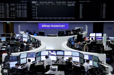 European Stocks, Euro Rocked by Italian Turmoil