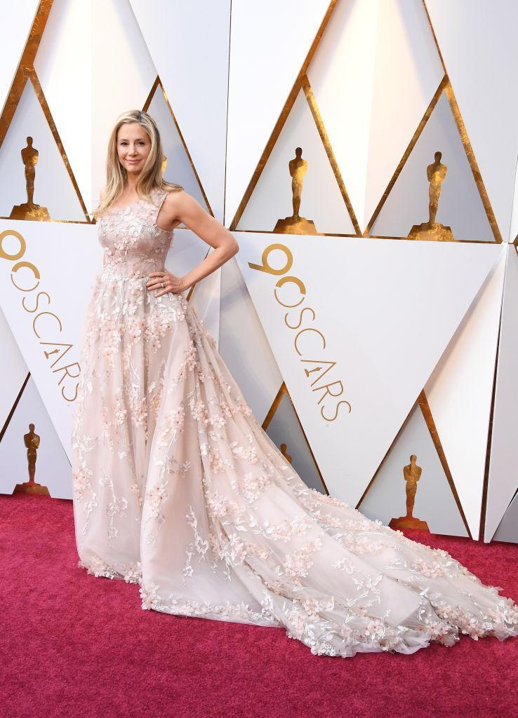 <p>Mira Sorvino attends the 90th Academy Awards in Hollywood, Calif., March 4, 2018. (Photo: Getty Images) </p>