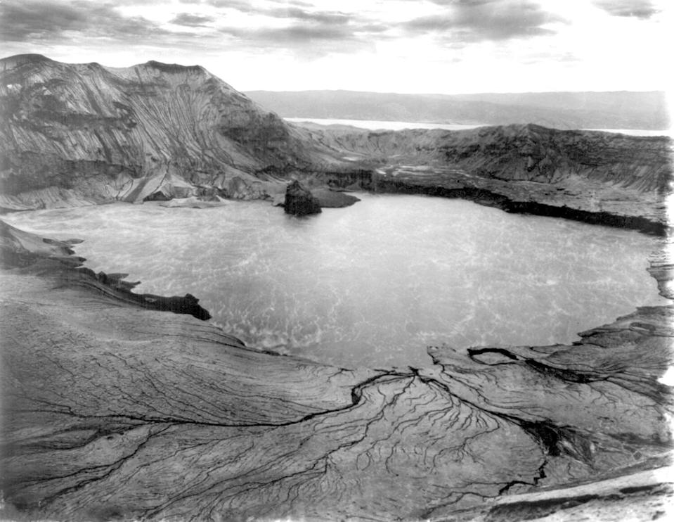 Taal, 1911 (from the US Library of Congress, courtesy of John Tewell)