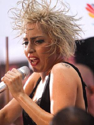<p>We may regret saying this later on, but Gaga, stick to wearing wigs.</p>