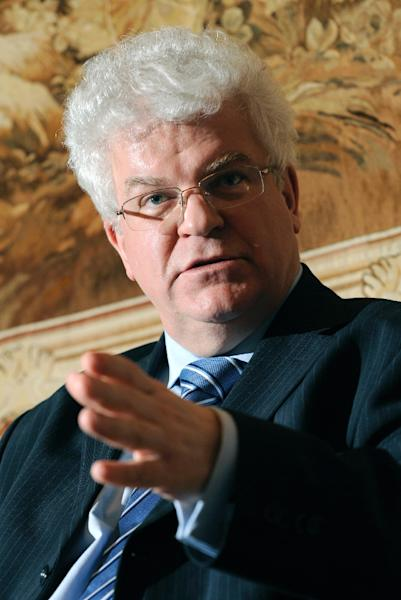 Permanent Representative of the Russian Federation to the European Union Ambassador Vladimir Chizhov answers journalists' questions on February 3, 2009, in Brussels (AFP Photo/John Thys)