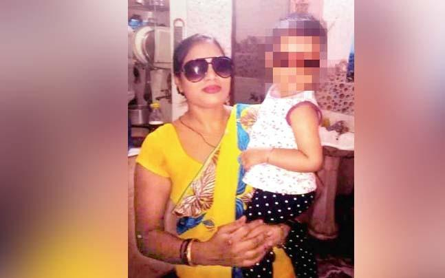 <p>Pinki and Radhey were running a human trafficking racket and were living a lavish life in East Delhi's Geeta Colony area. </p>