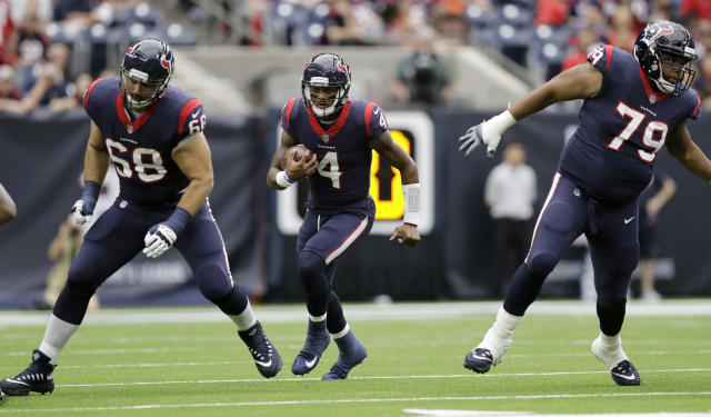 "<a class=""link rapid-noclick-resp"" href=""/nfl/players/30125/"" data-ylk=""slk:Deshaun Watson"">Deshaun Watson</a> has quickly become one of the top fantasy QBs. (AP Photo/Eric Gay)"