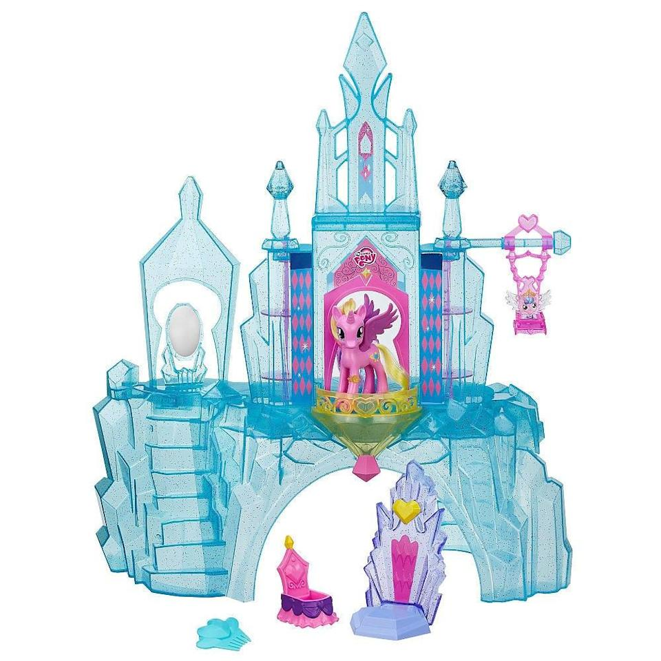 A castle fit for a pony (ToysRUs)