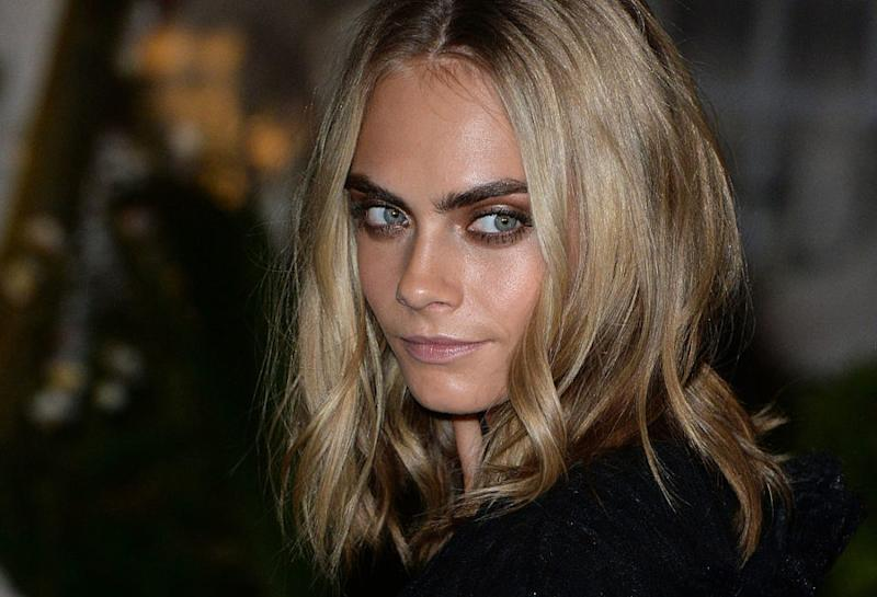 """Cara Delevingne just sent the sweetest shoutout to the actress she considers her """"girl hero"""""""