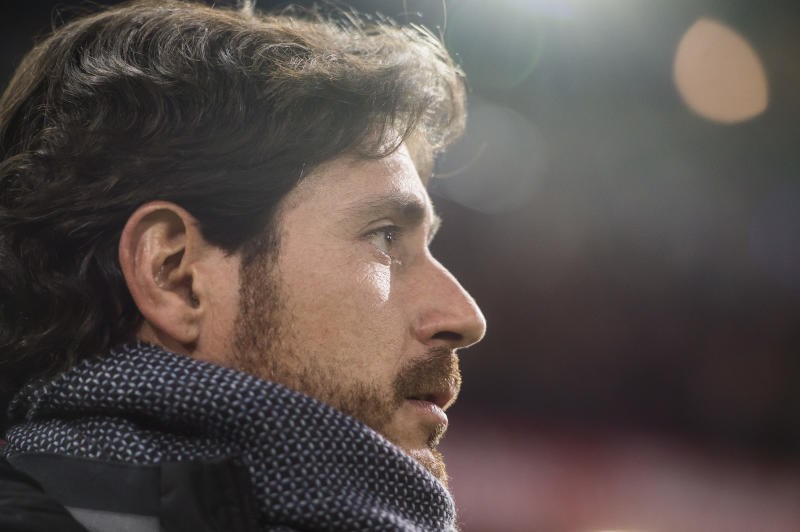 MADRID, SPAIN - JANUARY 14: Coach Victor Sanchez del Amo of Real Betis Balompie looks on during their La Liga 2016-17 match between Atletico de Madrid vs Real Betis Balompie at the Vicente Calderon Stadium on 14 January 2017 in Madrid, Spain. (Photo by Power Sport Images/Getty Images)