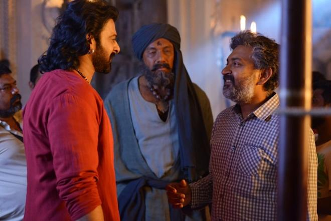 Prabhas, Sathyraj and SS Rajamouli on Baahubali 2 set