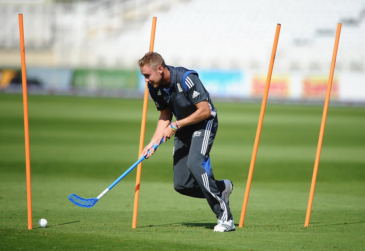 NOTTINGHAM, ENGLAND - SEPTEMBER 04: Stuart Broad of England enjoys the warm up during net practice at Trent Bridge on September 4, 2012 in Nottingham, England.  (Photo by Laurence Griffiths/Getty Images)