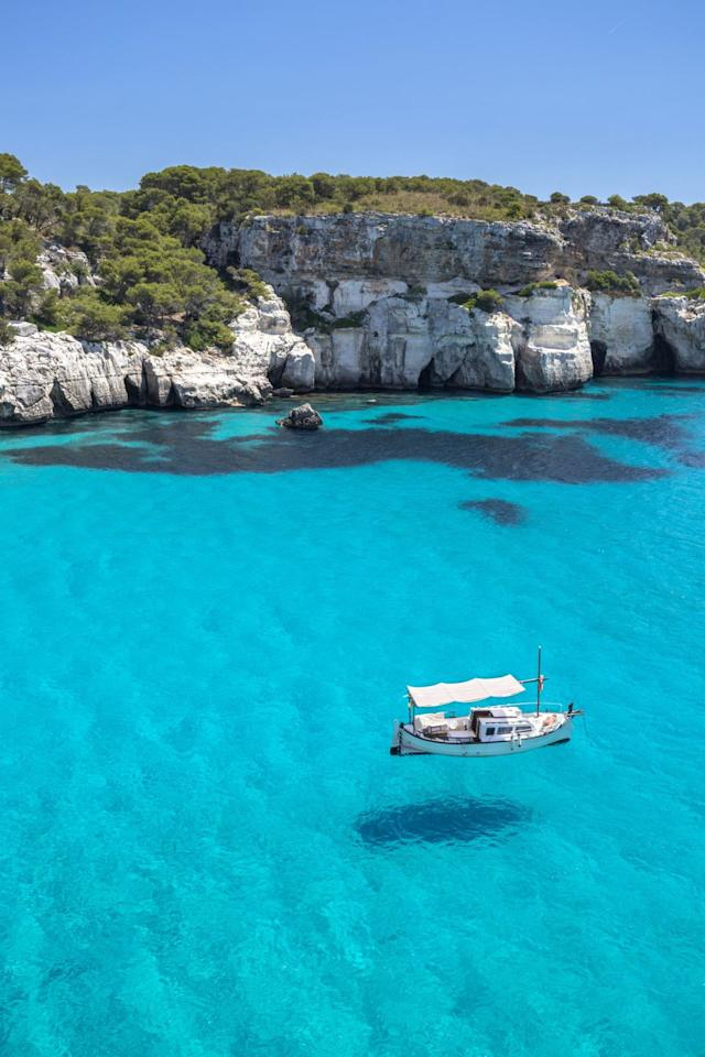 <p>The turquoise water and pristine white sand found in this cove is world famous, despite how challenging it is to visit. But don't worry, as you can see, the terrifying and windy road is well worth it.</p>