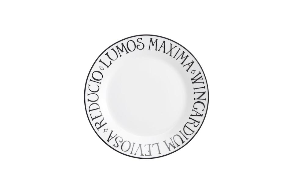 <p>We'd happily eat off this plate surrounded by spell names!</p>