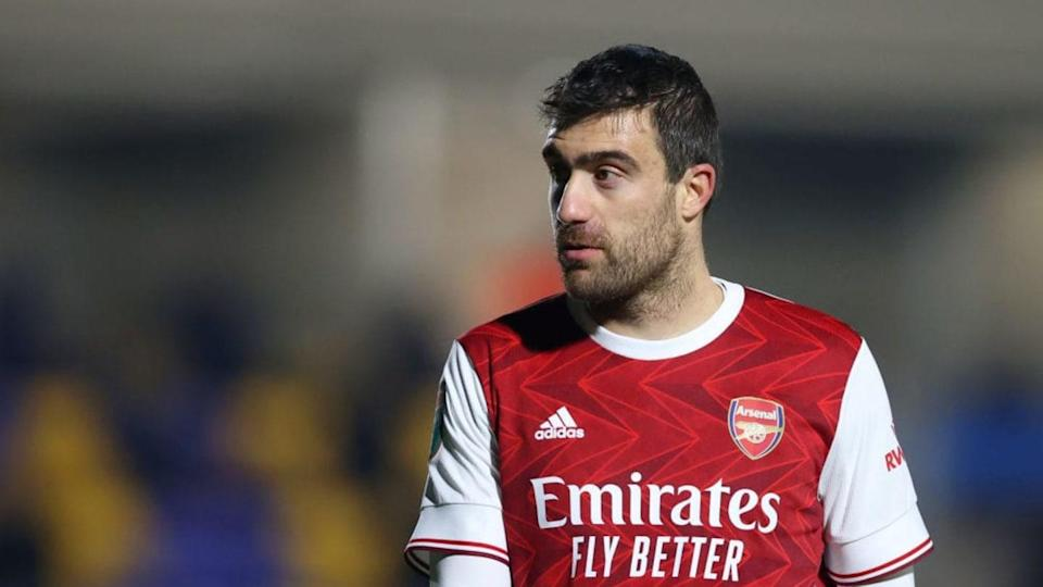 Sokratis Papastathopoulos está sin equipo | James Chance/Getty Images